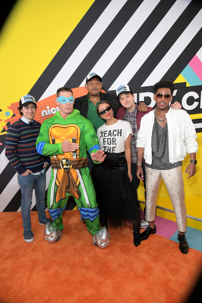 Nickelodeon's 2018 Kids' Choice Awards - Red Carpet [red carpet,event,ben schwartz,omar benson miller,kat graham,john cena,josh brener,brandon mychal smith,kids choice awards,l-r,nickelodeon]