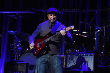 Bernie Williams The Second Annual LOVE ROCKS NYC! A Benefit Concert for God's Love We Deliver - Inside