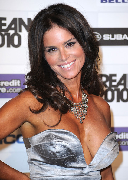 Betsy Russell - Picture Hot