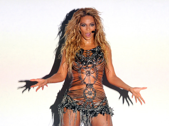 Beyonce Knowles - 2011 Billboard Music Awards - Show in Las Vegas, NV