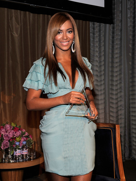 Beyonce Knowles - Billboard's 4th Annual Women In Music