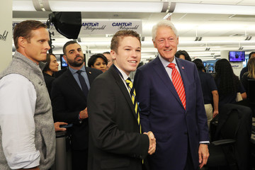 Bill Clinton Annual Charity Day Hosted By Cantor Fitzgerald, BGC and GFI - Cantor Fitzgerald Office - Inside