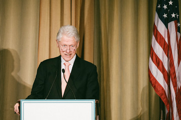 Bill Clinton 2015 Tina's Wish Global Women's Health Award