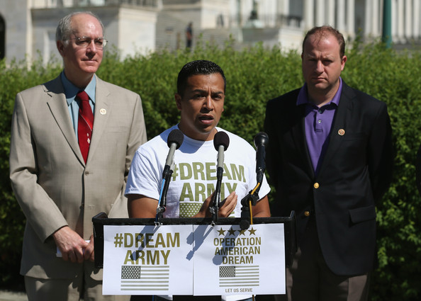 Activists Call on DOD to Let Dreamers Serve in the Military