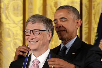 Bill Gates Obama Honors 21 Americans With Presidential Medal of Freedom