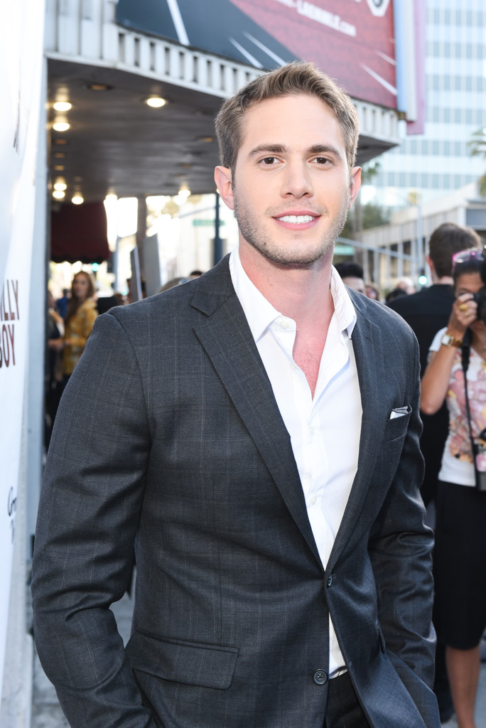 'Glee' Alum Blake Jenner Cast In Netflix's Upcoming Thriller, 'What/If'