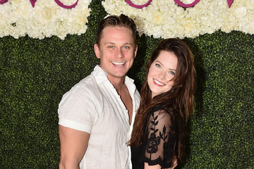 Billy Magnussen Meghann Fahy Star-Studded Beach Dinner With Master Chef Jose Andres to Celebrate the NEW Cove Resort on Paradise Island, The Bahamas