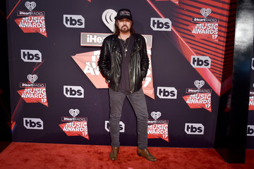 Billy Ray Cyrus 2017 iHeartRadio Music Awards - Arrivals