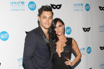 redford dating Learn about blair redford: his birthday, what he did before fame, his family life, fun trivia facts, popularity rankings, and more.