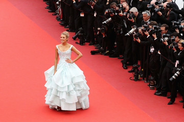 Blake Lively 'Slack Bay (Ma Loute)' - Red Carpet Arrivals - The 69th Annual Cannes Film Festival