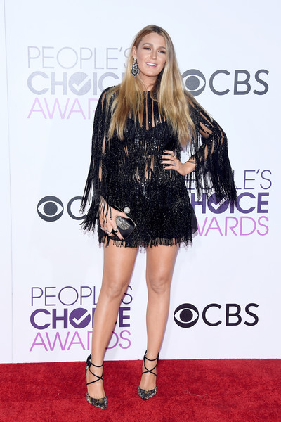 People's Choice Awards 2017 - Arrivals [clothing,red carpet,fashion model,dress,carpet,fashion,little black dress,footwear,premiere,cocktail dress,peoples choice awards,microsoft theater,los angeles,california,blake lively,arrivals]