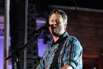 Blake Shelton 2014 CMT Music Awards - Show