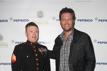 Blake Shelton PepsiCo Honors Bob Woodruff Foundation With Blake Shelton Concert from #PEPCITY