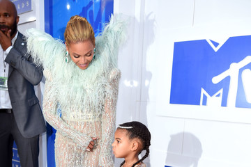 Blue Ivy 2016 MTV Video Music Awards - Red Carpet