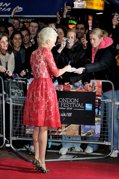 "Actress Michelle Williams attends the ""Blue Valentine"" premiere during the 54th BFI London Film Festival at the Vue West End on October 15, 2010 in London, England."