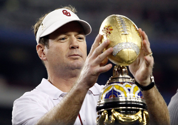 Bob Stoops Head coach Bob Stoops of the Sooners celebrates the 48-20 victory against the Connecticut Huskies during the Tostitos Fiesta Bowl at the Universtity of Phoenix Stadium on January 1, 2011 in Glendale, Arizona.