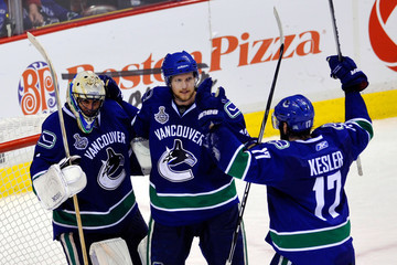 Roberto Luongo Ryan Kesler Boston Bruins v Vancouver Canucks - Game Five
