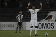 Jo of Corinthians, prepares before the match between Botafogo and Corinthians as part of Brasileirao Series A 2017 at Engenhao Stadium on October 23, 2017 in Rio de Janeiro, Brazil.
