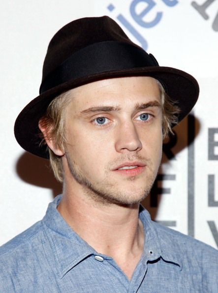 """Boyd Holbrook Pictures - Premiere Of """"Higher Ground"""" At ..."""