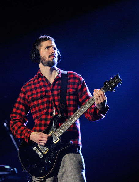 Brad Delson Pictures Linkin Park In Concert At The Joint