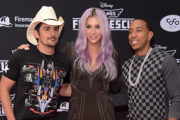 Brad Paisley Kesha 'Planes: Fire & Rescue' Premieres in Hollywood — Part 2