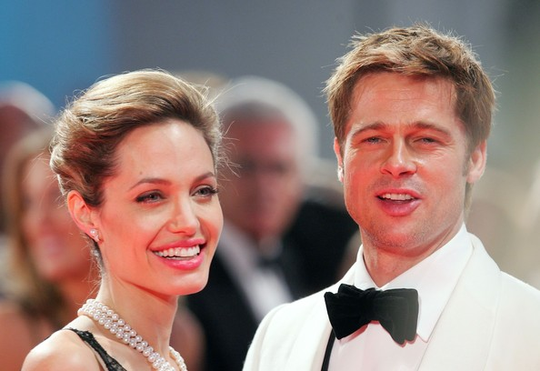 Brad Pitt - Brad Pitt and Angelina Jolie Announce Engagement
