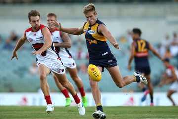 Brad Sheppard West Coast v Melbourne - 2017 JLT Community Series