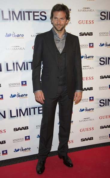 "Actor Bradley Cooper attends ""Limitless"" (Sin Limites) premiere at Kinepolis Cinema on March 31, 2011 in Madrid, Spain."