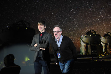 Brian Cox Professor Brian Cox Achieves Guinness World Records Title For Most Tickets Sold For A Science Tour