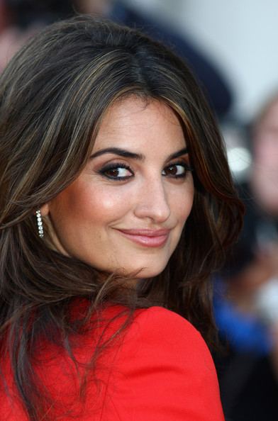 Penelope Cruz Penelope Cruz attends the UK premiere of 'Broken Embraces'