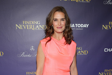 Brooke Shields 'Finding Neverland' Broadway Opening Night - Arrivals & Curtain Call