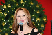Marlo Thomas attends the Brooks Brothers And St Jude Children's Research Hospital Annual Holiday Celebration In New York City on December 18, 2018 in New York City.