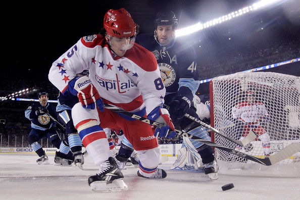 official photos 0d9cf 7dc18 Brooks Orpik Photos - 2011 NHL Bridgestone Winter Classic ...