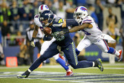 Tight end Jimmy Graham #88 of the Seattle Seahawks brings in a touchdown catch against the Buffalo Bills at CenturyLink Field on November 7, 2016 in Seattle, Washington.