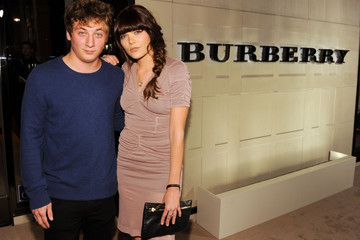 Emma Greenwell Jeremy Allen White Burberry Body Event Hosted By Christopher Bailey And Rosie Huntington-Whiteley In Beverly Hills - Red Carpet