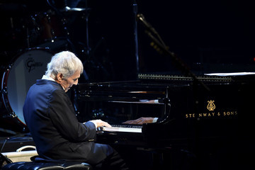 Burt Bacharach 5th Annual Light Up The Blues Concert - An Evening Of Music To Benefit Autism Speaks