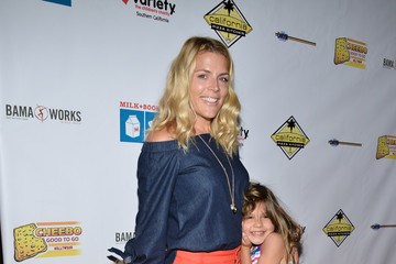 Busy Philipps Cricket Pearl Silverstein Pictures Photos