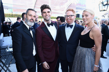 Busy Philipps Marc Silverstein 26th Annual Elton John AIDS Foundation Academy Awards Viewing Party sponsored by Bulgari, celebrating EJAF and the 90th Academy Awards - Red Carpet
