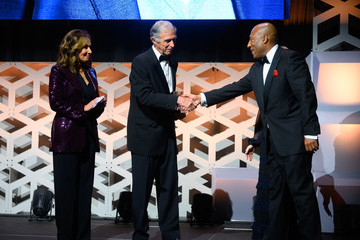 Byron Allen Byron Allen Is Inducted Into The Broadcasting & Cable Hall Of Fame In New York's Historic Zigfield Theatre