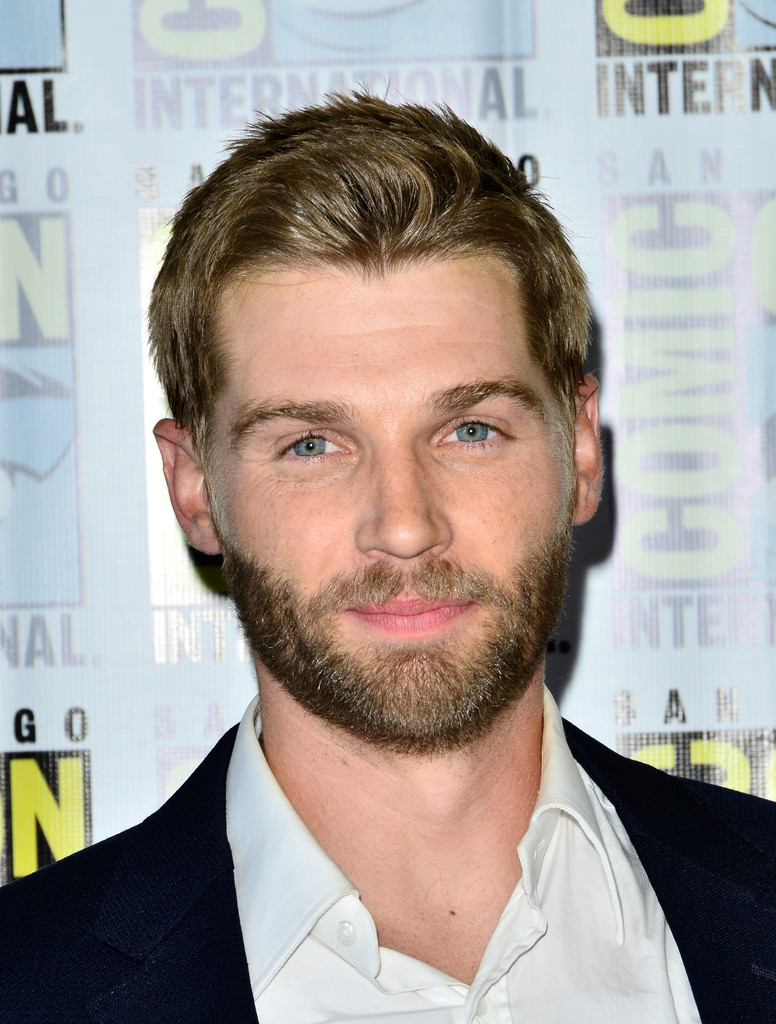 mike vogel facebook