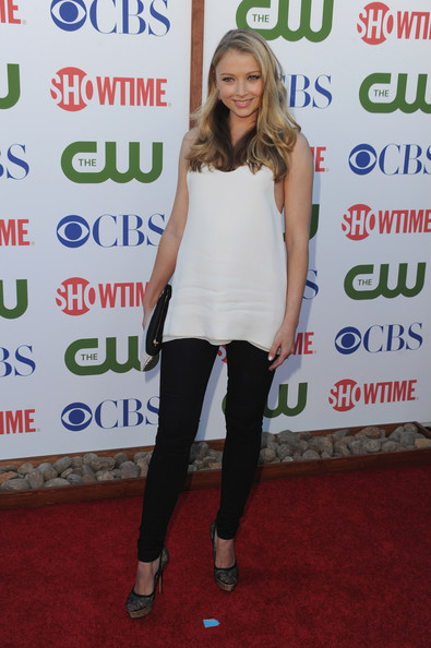 Actress Elisabeth Harnois arrives at the TCA Party for CBS, The CW and Showtime held at The Pagoda on August 3, 2011 in Beverly Hills, California.