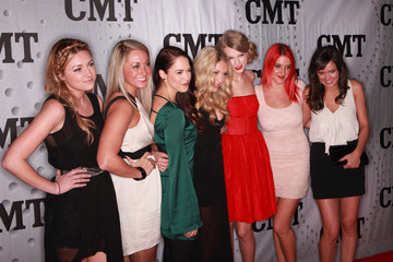 Chelsea Lankes CMT Artists Of The Year 2011 - Arrivals
