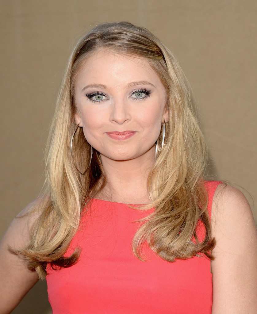 elisabeth harnois married