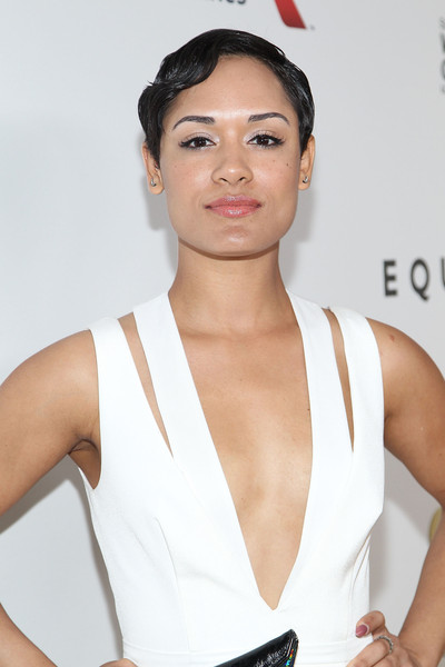Grace Gealey Nude Photos 20
