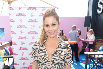 Candace Cameron Bure Planet Smoothie Backstage At 2019 Teen Choice Awards