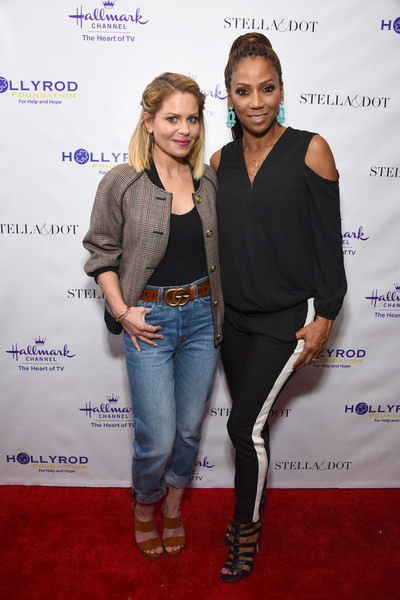 Stella & Dot X HollyRod Foundation Charity Trunk Show For Autism Awareness Month