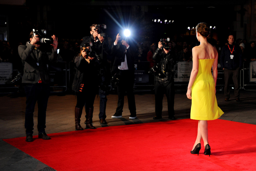 Carey Mulligan Rules in Yellow