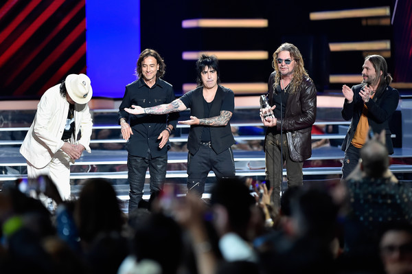 2018 Billboard Latin Music Awards - Show [performance,entertainment,event,performing arts,stage,music artist,public event,concert,music,talent show,carlos santana,sergio vallin,fher olvera,juan calleros,alex gonzalez,billboard latin music awards,mandalay bay events center,l,mana,show]