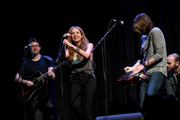 Carly Pearce CRS 2017 - Day 3