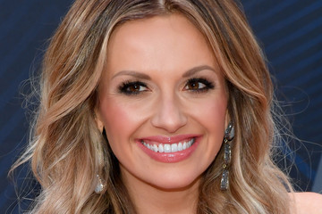 Carly Pearce Pictures Photos Amp Images Zimbio